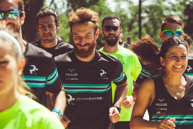 Grupo de corredores en Madrid